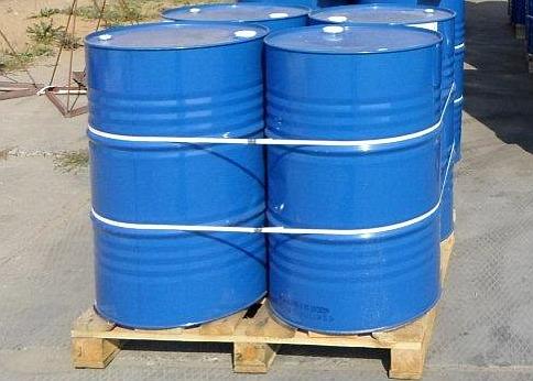 Сколько 200-литровых бочек влезет в 20-футовый контейнер?