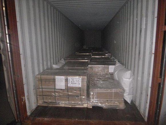 контейнер с керамической плиткой